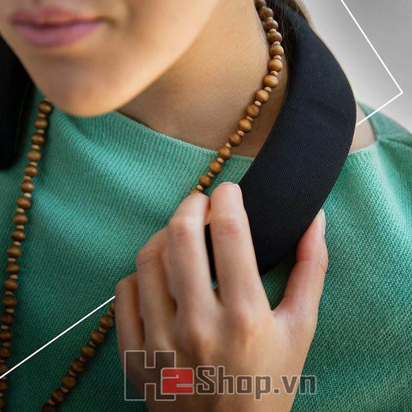 Loa đeo cổ Bose SoundWear Companion
